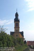 Oberrhein: Sankt-Gereon-Kirche in Nackenheim - Stefan Frerichs / RheinWanderer.de