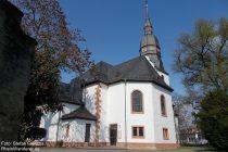 Oberrhein: Sankt-Martin-Kirche in Nierstein - Foto: Stefan Frerichs / RheinWanderer.de