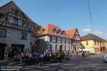 Oberrhein: Marktplatz von Nierstein - Foto: Stefan Frerichs / RheinWanderer.de