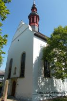 Oberrhein: Pfarrkirche von Alsheim - Foto: Stefan Frerichs / RheinWanderer.de