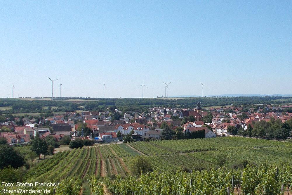 Oberrhein: Blick vom Klausenberg auf Abenheim - Foto: Stefan Frerichs / RheinWanderer.de