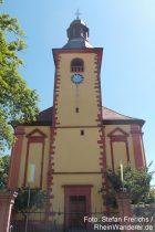 Oberrhein: Sankt-Bonifatius-Kirche in Abenheim - Foto: Stefan Frerichs / RheinWanderer.de