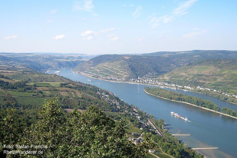 Mittelrhein: Sieben-Burgen-Blick rheinabwärts - Foto: Stefan Frerichs / RheinWanderer.de