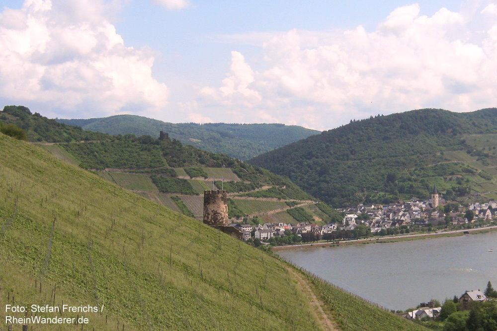 Mittelrhein: Blick auf Burgruinen Fürstenberg und Nollig - Foto: Stefan Frerichs / RheinWanderer.de