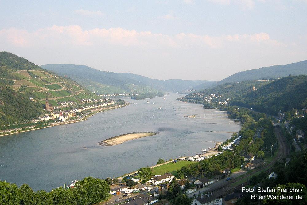 Mittelrhein: Blick von Burg Stahleck rheinaufwärts - Foto: Stefan Frerichs / RheinWanderer.de