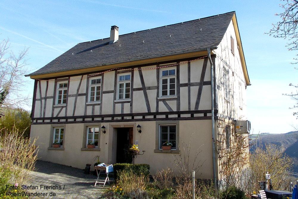 Mittelrhein: Günderodehaus bei Oberwesel - Foto: Stefan Frerichs / RheinWanderer.de