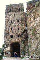 Mittelrhein: Uhrturm mit Eingang zur Burg Rheinfels - Foto: Stefan Frerichs / RheinWanderer.de