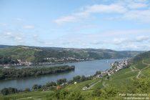 Mittelrhein: Blick auf Niederheimbach und Lorch - Foto: Stefan Frerichs / RheinWanderer.de