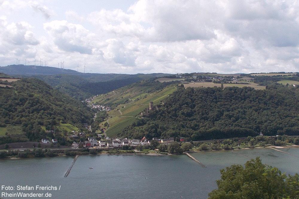 Mittelrhein: Blick auf Rheindiebach und Burg Fürstenberg - Foto: Stefan Frerichs / RheinWanderer.de