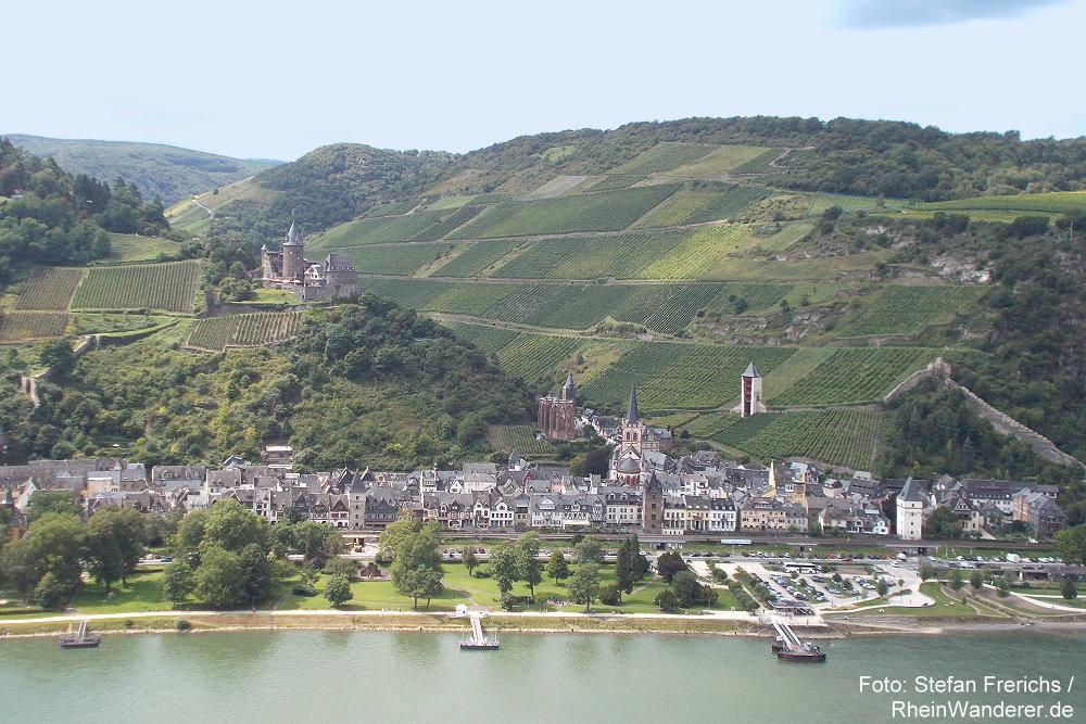 Mittelrhein: Wirbellay-Blick auf Bacharach - Foto: Stefan Frerichs / RheinWanderer.de
