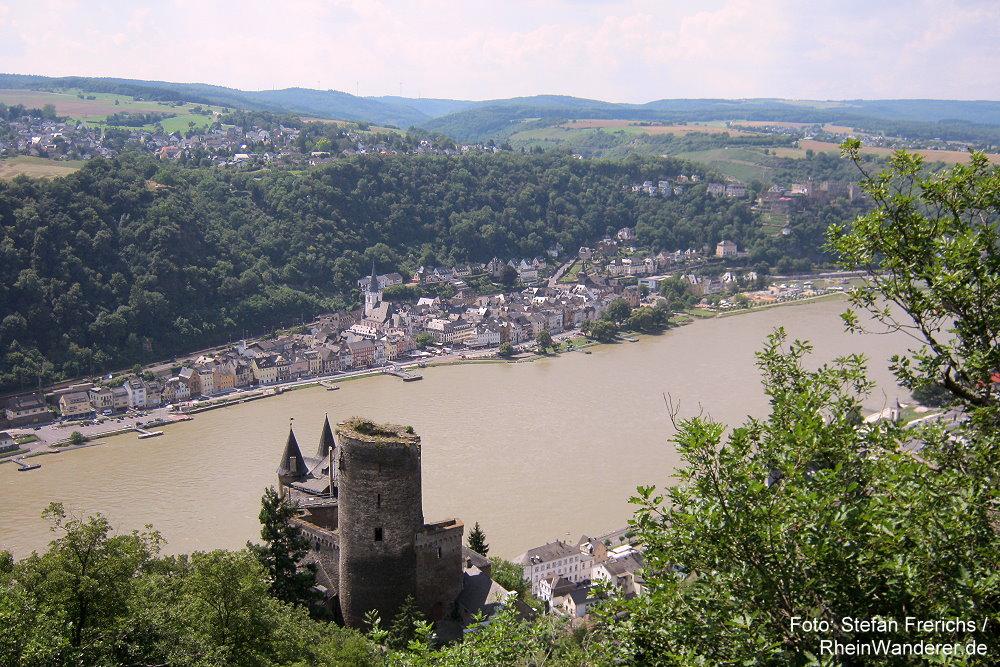 Mittelrhein: Blick auf Burg Katz und Sankt Goar - Foto: Stefan Frerichs / RheinWanderer.de
