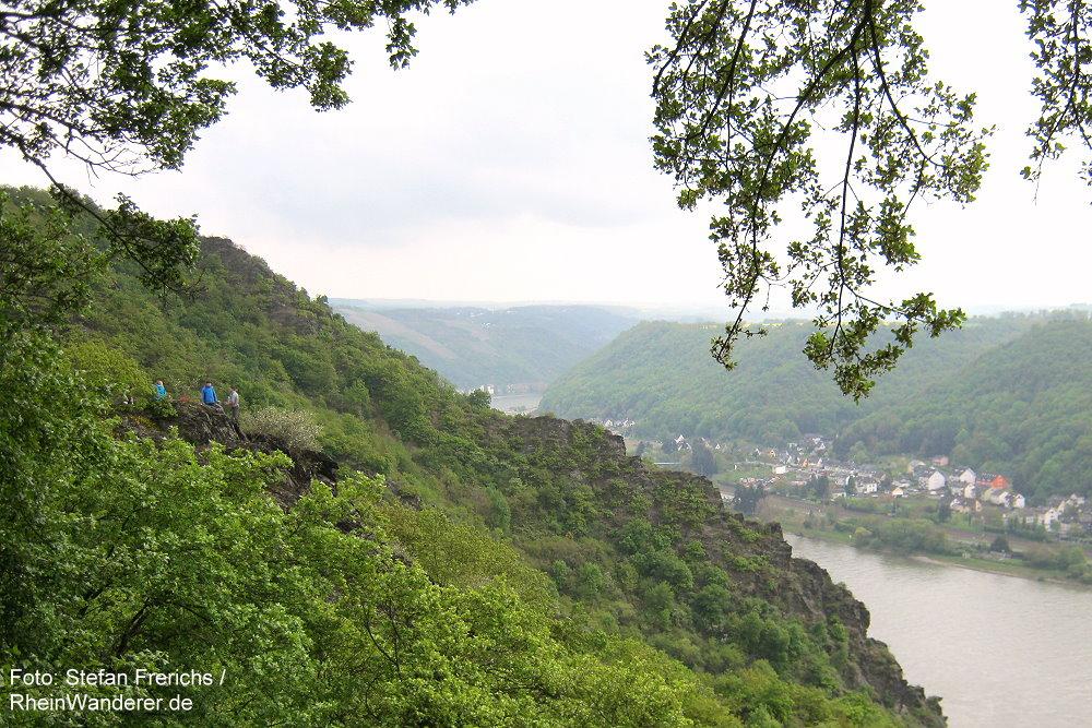 Mittelrhein: Aussichtsfelsen oberhalb der Pulsbachklamm - Foto: Stefan Frerichs / RheinWanderer.de