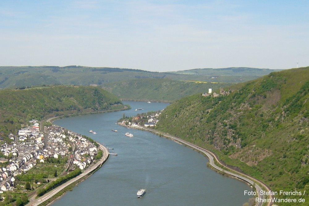 Mittelrhein: Blick von der Hindenburghöhe rheinabwärts auf Bad Salzig - Foto: Stefan Frerichs / RheinWanderer.de