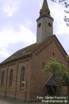 Mittelrhein: Sankt-Johannes-Kirche in Lykershausen - Foto: Stefan Frerichs / RheinWanderer.de