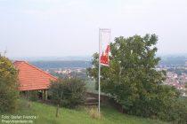 Oberrhein: Roter-Hang-Hütte bei Nierstein - Foto: Stefan Frerichs / RheinWanderer.de