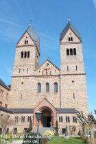 Inselrhein: Abtei Sankt Hildegard bei Rüdesheim - Foto: Stefan Frerichs / RheinWanderer.de