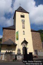 Mosel: Sankt-Valerius-Kirche in Moselkern - Foto: Stefan Frerichs / RheinWanderer.de