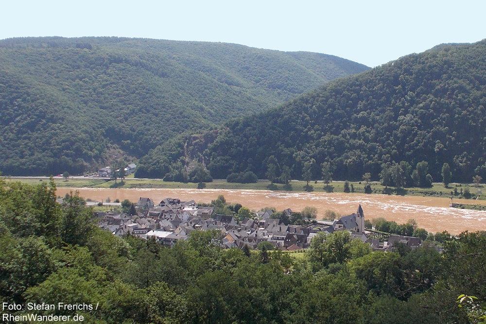 Mosel: Blick vom Blickkreuz auf Müden - Foto: Stefan Frerichs / RheinWanderer.de