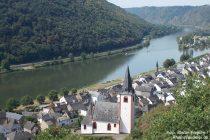 Mosel: Sankt-Johannes-Kirche in Hatzenport - Foto: Stefan Frerichs / RheinWanderer.de