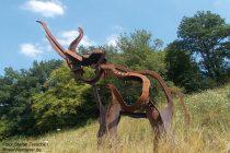 Mosel: Skulptur eines Waldelefanten am Bleidenberg - Foto: Stefan Frerichs / RheinWanderer.de