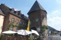 Mosel: Zollturm in Alken - Foto: Stefan Frerichs / RheinWanderer.de