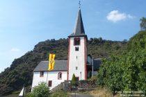 Mosel: Sankt-Michael-Kirche in Alken - Foto: Stefan Frerichs / RheinWanderer.de