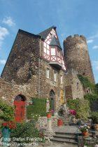 Mosel: Kapelle und Trierer Turm von Burg Thurant - Foto: Stefan Frerichs / RheinWanderer.de