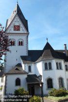 Mosel: Pfarrkirche in Winningen - Foto: Stefan Frerichs / RheinWanderer.de