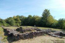 Mosel: Ehemaliger römischer Gutshof (Villa Rustica) beim Autobahnrastplatz Moseltal Ost - Foto: Stefan Frerichs / RheinWanderer.de