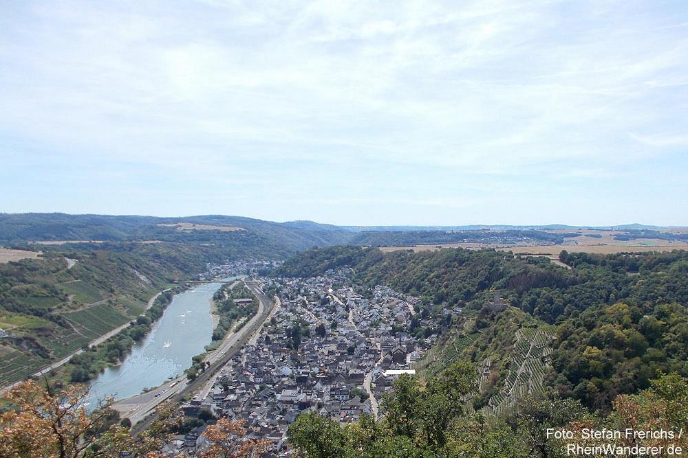 Mosel: Blick vom Rosenberg auf Kobern-Gondorf - Foto: Stefan Frerichs / RheinWanderer.de