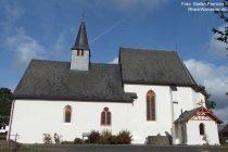 Mosel: Wallfahrtskirche Sankt Maria und Maria Magdalena in Valwigerberg - Foto: Stefan Frerichs / RheinWanderer.de