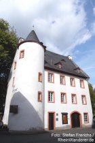 Mosel: Altes Rathaus in Bruttig - Foto: Stefan Frerichs / RheinWanderer.de