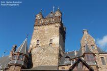 Mosel: Bergfried der Reichsburg in Cochem - Foto: Stefan Frerichs / RheinWanderer.de