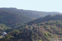 Mosel: Blick auf Burg Metternich bei Beilstein - Foto: Stefan Frerichs / RheinWanderer.de