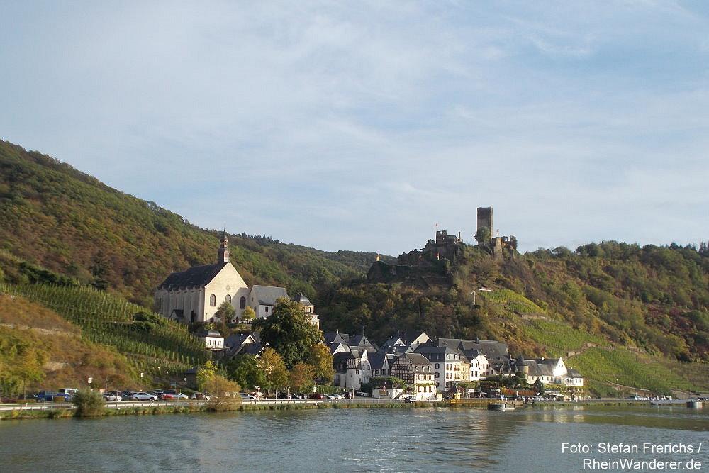 Mosel: Blick von der Mosel auf Beilstein - Foto: Stefan Frerichs / RheinWanderer.de