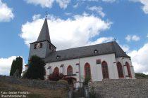 Mittelrhein: Sankt-Mauritius-Kirche von Oberdiebach - Foto: Stefan Frerichs / RheinWanderer.de