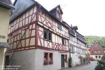 Mittelrhein: barocke Fachwerkhäuser in Oberdiebach - Foto: Stefan Frerichs / RheinWanderer.de