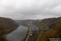 Mosel: Rabenlay-Blick auf Hatzenport - Foto: Stefan Frerichs / RheinWanderer.de