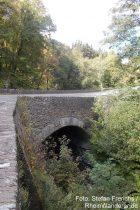 Eifel: Napoleonsbrücke im Endertbachtal - Foto: Stefan Frerichs / RheinWanderer.de