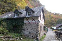Eifel: Göbels Mühle im Endertbachtal - Foto: Stefan Frerichs / RheinWanderer.de