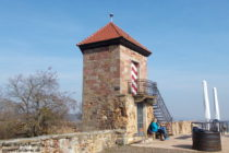 Pfälzerwald: Treppenturm von Burg Battenberg - Foto: Stefan Frerichs / RheinWanderer.de