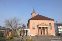 Pfälzerwald: Sankt-Ludwig-Kirche von Bad Dürkheim - Foto: Stefan Frerichs / RheinWanderer.de
