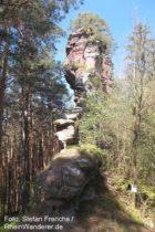 Pfälzerwald: Endfelsen der Retschelfelsen bei Bruchweiler-Bärenbach - Foto: Stefan Frerichs / RheinWanderer.de