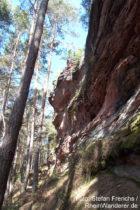 Pfälzerwald: Felswand der Retschelfelsen bei Bruchweiler-Bärenbach - Foto: Stefan Frerichs / RheinWanderer.de