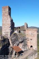 Pfälzerwald: Burg Altdahn - Foto: Stefan Frerichs / RheinWanderer.de