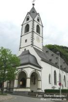 Mittelrhein: Kirche von Kloster Bornhofen - Foto: Stefan Frerichs / RheinWanderer.de