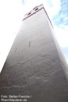 Mittelrhein: Bergfried der Marksburg - Foto: Stefan Frerichs / RheinWanderer.de