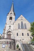 Mittelrhein: Markuskirche in Braubach - Foto: Stefan Frerichs / RheinWanderer.de