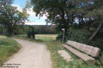 Mittelrhein: Abzweigung nach Burg Lahneck - Foto: Stefan Frerichs / RheinWanderer.de