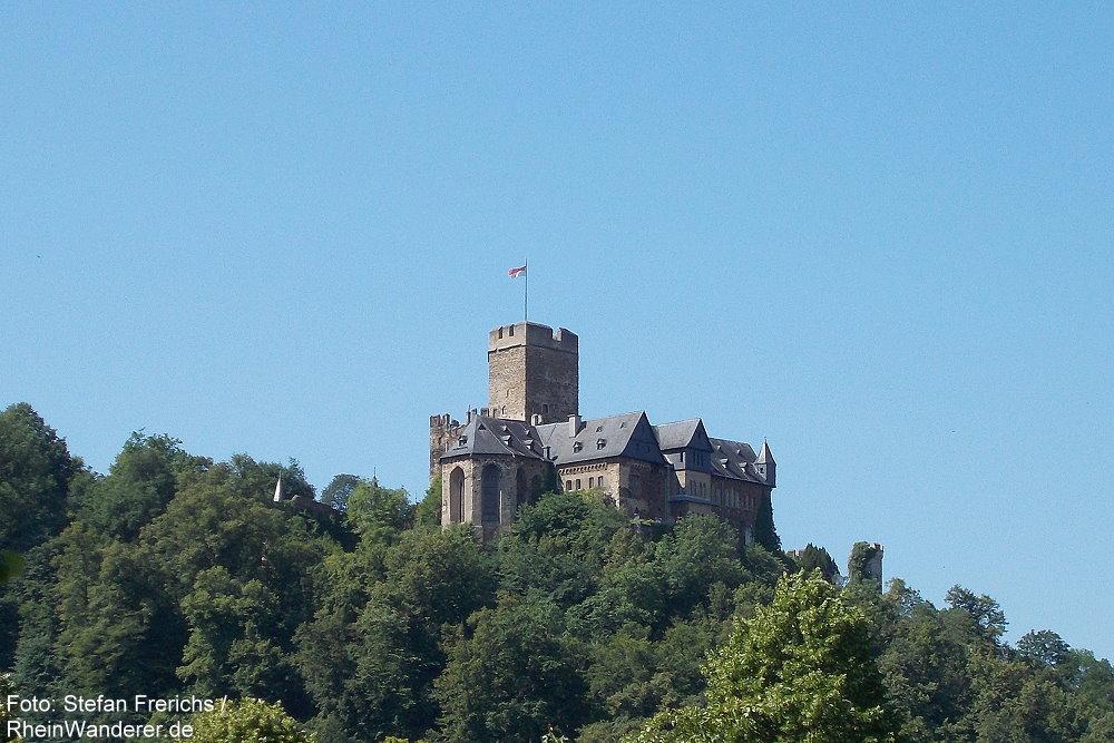 Mittelrhein: Blick auf Burg Lahneck - Foto: Stefan Frerichs / RheinWanderer.de